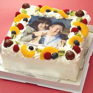 写真ケーキ(四角) 7号 生クリーム【冷凍 到着後は冷蔵庫で4~5時間保管解凍】